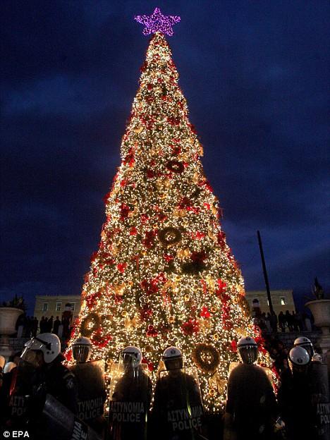 Night Before Christmas Tree