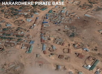 Harardhere pirate base