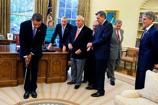 Obama golf oval office