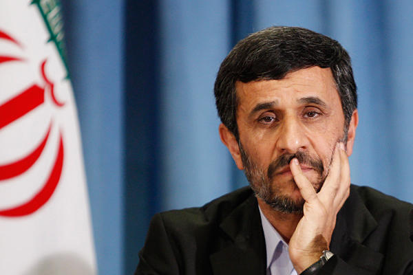 Ahmadinejad loses his nut