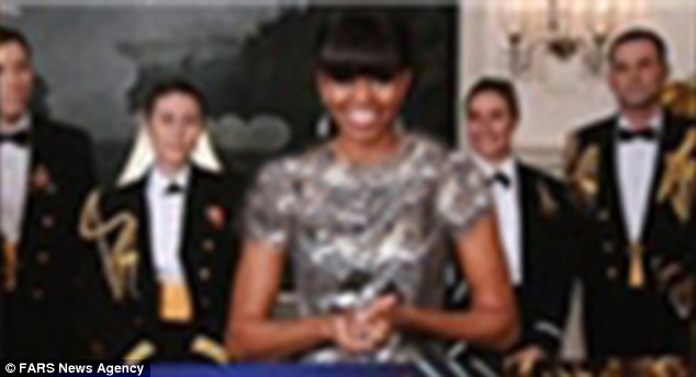 Michelle's Boobehs Fars style